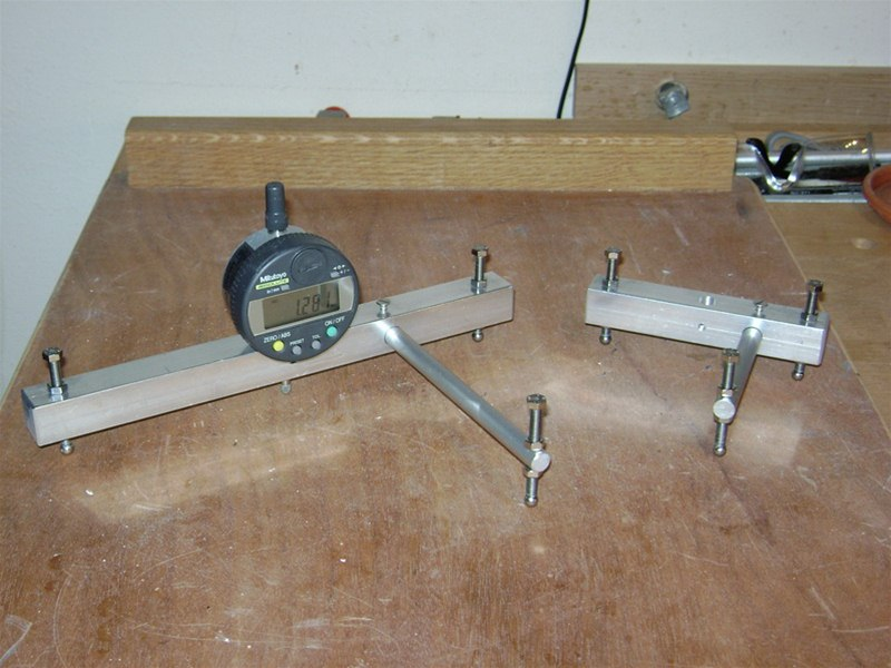 Two point spherometer with outrigger and Mitutoyo digital dial indicator